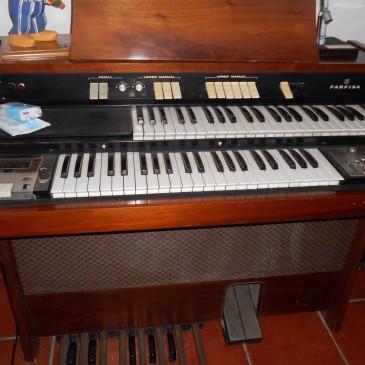 Piano de Antigüedades Canarias