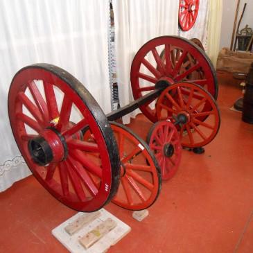 Juego de Ruedas de carro de Antigüedades Canarias
