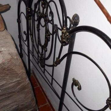 Cabecero de Hierro forjado de Antigüedades Canarias