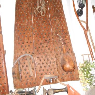Trillo de tres piezas, Antigüedades Canarias